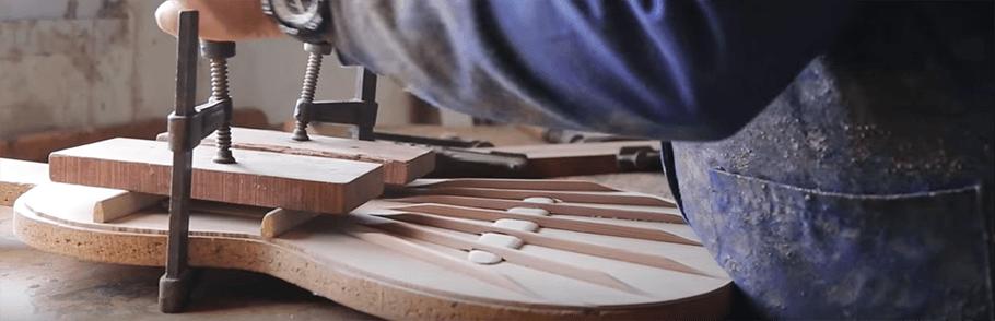 proceso de fabricación de guitarras admira