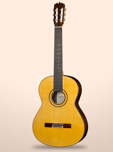 guitarra ramírez sencilla clásico